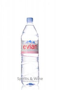 Dabīgs negāzēts minerālūdens Evian